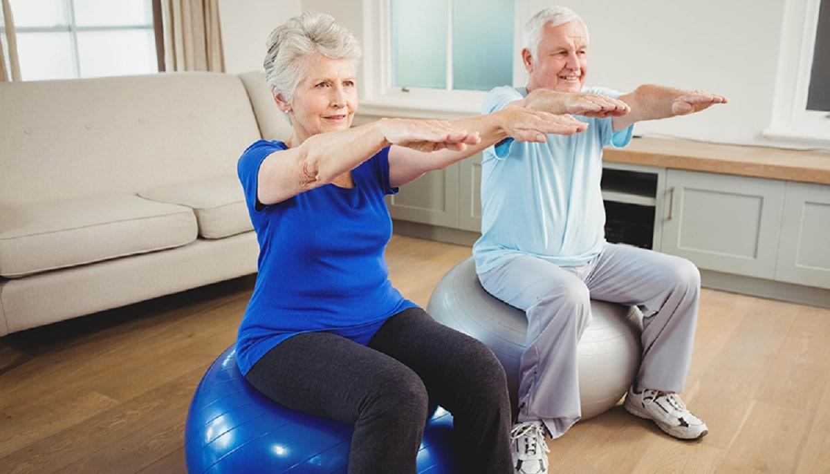 conoce diferentes ejercicios de fisioterapia para personas mayores