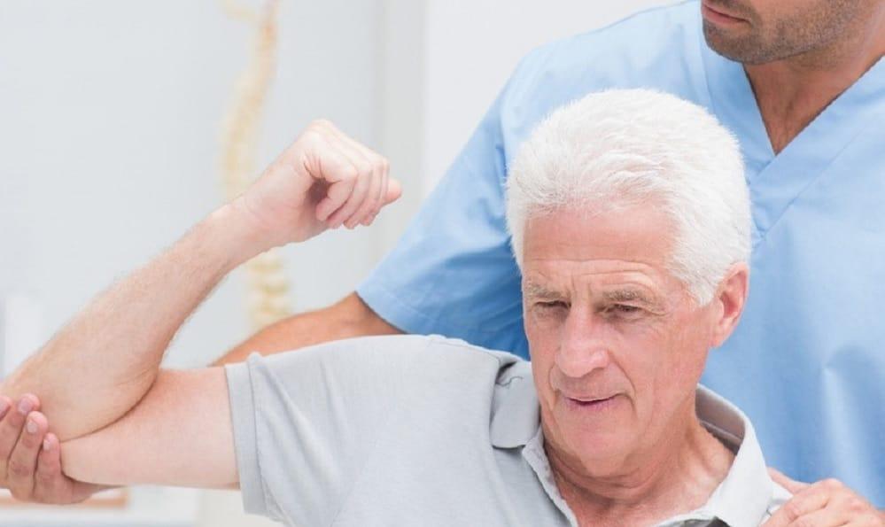 claves de los cambios posturales en el adulto mayor